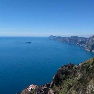 Il Sentiero degli Dei: Trekking in Costiera Amalfitana