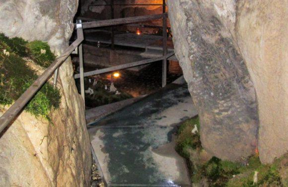 Claino con Osteno: Grotte di Rescia