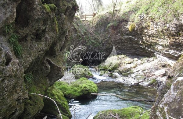 Casciago Morosolo Cascata Del Molina 4