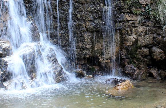 Castelveccana: Cascata della Froda