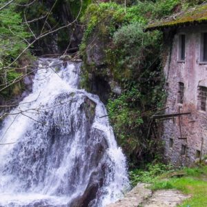 Dumenza: Cascata del Rio Colmegnino