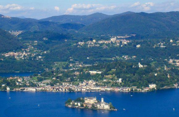 Madonna del Sasso: Dal Lago al Santuario
