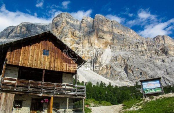 Badia San Leonardo Trekking La Crusc 4