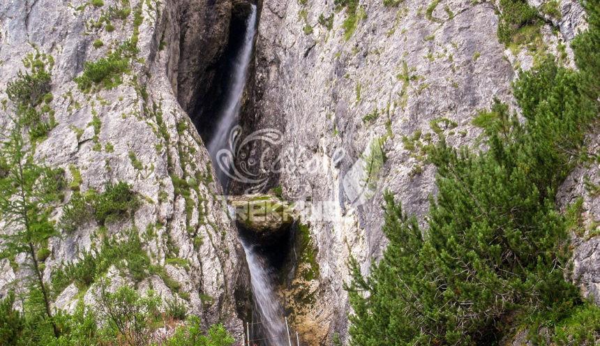 Corvara In Badia Colfosco Cascate Del Pisciadu Copertina
