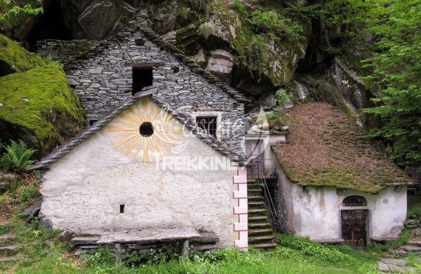 Cevio Trekking Sentiero Dei Grotti 1