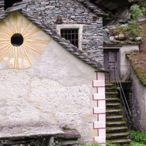 Cevio: Sentiero dei Grotti
