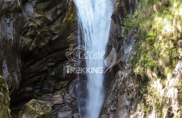 Maggia Cascata Di Aurigeno 2