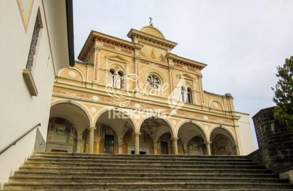 Sacro Monte Della Madonna Del Sasso 5